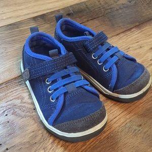EUC Stride Rite 6W toddler boy shoes